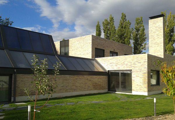 Vista sur con cubierta de paneles solares